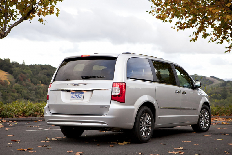 Galerie k článku Fiat zařízne Jeep Compass, Chrysler ...