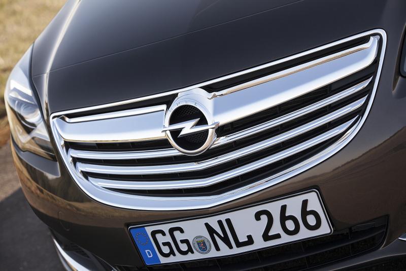 Galerie k článku Opel Insignia 2014: facelift přinesl nový vzhled